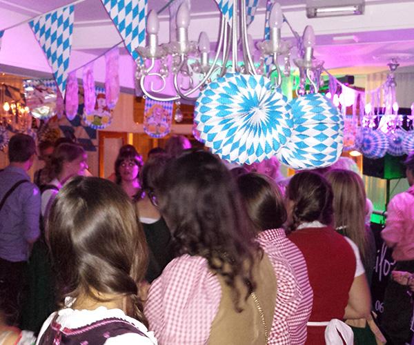 oktoberfest-dj-venlo-vastelaoves-vereiniging-limburg-optreden