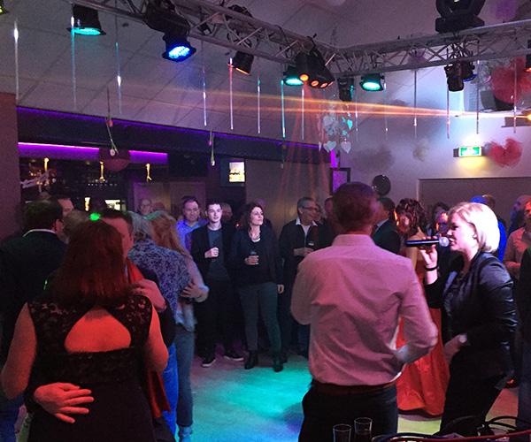 optreden-feest-sandra-marco-huwelijksfeest-bruiloft-dansen-disco-verhuur