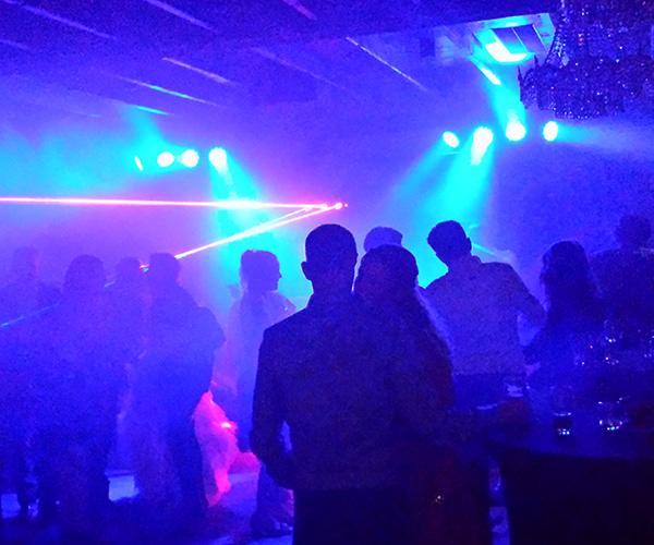 panningen-feestdj-huwelijksfeest-bruiloft-dansen-huren-dj-in-limburg