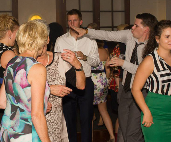 schlager-house-dance-seventies-dj-venlo-limburg